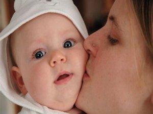 Bebekleri öpmeyin!