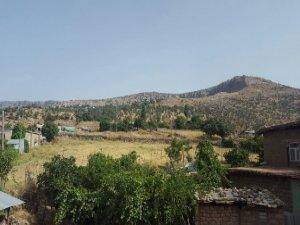 PKK'liler sabaha karşı askeri bölgelere saldırı düzenledi
