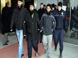 El Kaide üyesi olduğu iddiasıyla 4 kişi tutuklandı