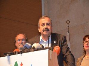 Önder'den CHP'ye yanıt: Paramparça edeceğiz sizi paramparça
