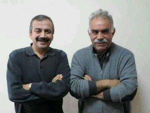 Öcalan, Önder ile aynı karede