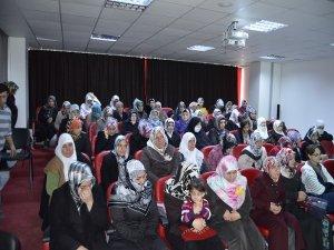 Kadınlara çocuk iletişimi semineri