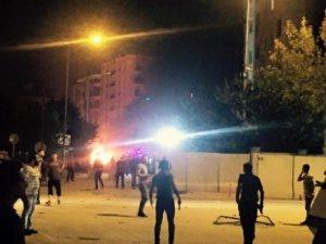 Van'da Polis Merkezine Bombalı Araçla Saldırı: 3 Ölü, 40 Yaralı