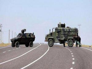 Askeri araca roketli saldırı: 2 yaralı