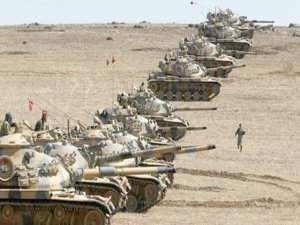 İsrailli askerler Suriye'den sınıra yaklaşan İHA'ya füze fırlattı