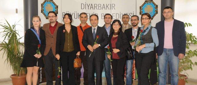Ermeni gazetecilerden Baydemir'e ziyaret