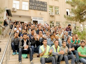 Kayapınar Belediyesi çalışanlarından protesto eylemi
