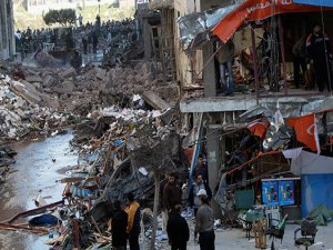 Kahire'de iki patlamada 5 kişi öldü, 66 kişi yaralandı