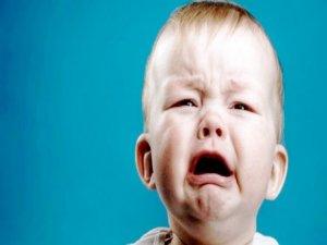 Bebeğinizin kulakları kepçeyse bandajlayın