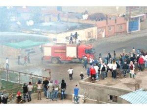 Rojava eylemine polis müdahalesi