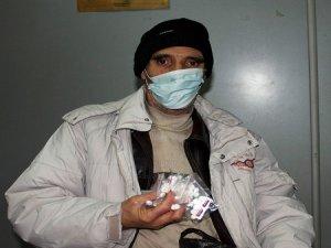 Kanser Hastası Baba Çocukları Tarafından Sokağa Atıldı