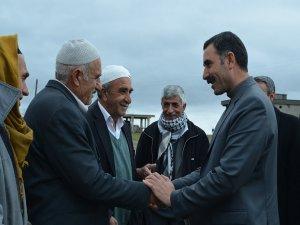 Sur eş başkan adayları Terkan'da coşkuyla karşılandı