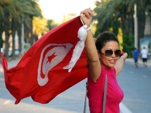 Tunus'ta anayasal kadın hakları devrimi!
