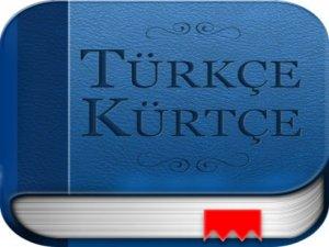 Kürtçe savunmaya anayasa vizesi