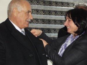 AKP'li Belediye Başkanı Geçitli BDP'ye geçti