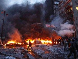 Ukrayna'daki siyasi kriz devam ediyor