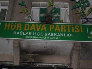 Hüda-Par Bağlar İlçe binasına molotoflu saldırı