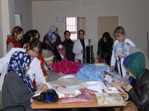 Ergani'de 26 bin kadın meslek edindi