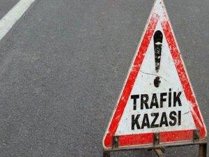 Mardin'de polis aracı devrildi: 3 yaralı