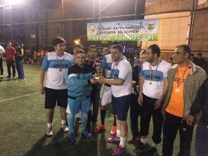 Pervari'de halı saha futbol turnuvası yapıldı