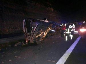 Bariyerlerin saplandığı otomobilin sürücüsü öldü