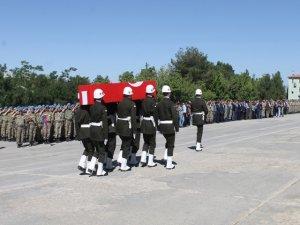 Şırnak'ta şehit korucu için tören