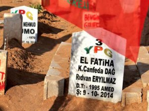 Suruç'ta mezarlıktaki örgütsel simgeler silindi