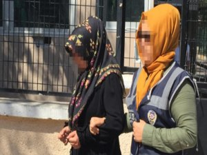 Eşini uyurken bacağından vuran 4 çocuk annesi tutuklandı