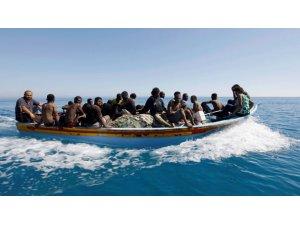 Libya açıklarında 40 göçmen kayıp