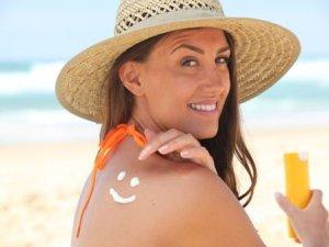 Güneş yanığına yoğurt ve diş macunu sürmeyin!