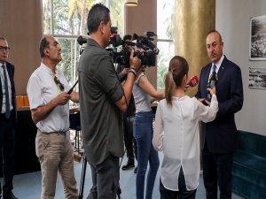 Çavuşoğlu: Rum tarafının açıklamaları sığ ve talepleri saçma