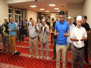 Akın akın... Türkler 15 Temmuz için toplandı!