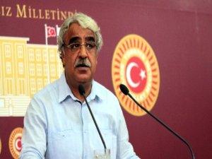 HDP'li Sancar, yıktırılan anıt ve heykeller için meclis araştırması istedi