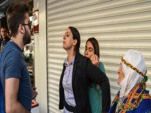 HDP'li Feleknas Uca'nın, Türkiye pasaportuna 'iptal', Alman pasaportuna 'şerh'