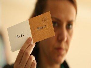 Baykal: Bir iktidar yüzde 50 oyla seçim kazanır ama yüzde 50 oyla anayasa yapılmaz