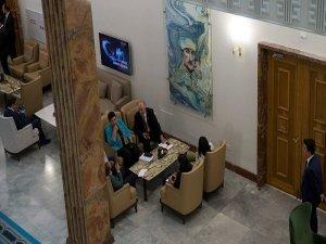 Kahraman'ın 'Gerek görmüyorum' dediği Atatürk tablosu tekrar asıldı