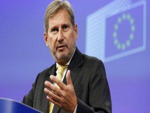 Hahn: Türkiye AB konusunda net bir çizgi belirlemeli
