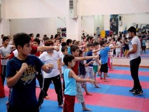 10 bin çocuk sporla buluştu
