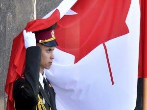 Trump yasakladı, Kanada ordusu 'tüm cinsel yönelimlerden' vatandaşlarına çağrı yaptı