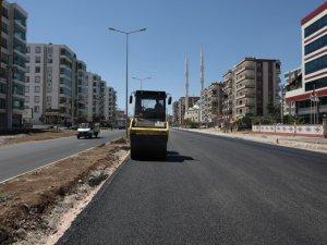 Orhan Doğan Caddesi asfaltlanıyor