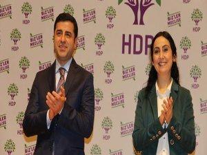 Demirtaş ve Yüksekdağ'dan Vicdan ve Adalet Nöbeti'ne destek