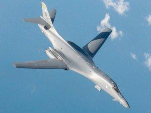 ABD savaş uçakları havalandı!