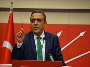 CHP'den Beşiktaş pankartı için soru önergesi