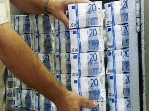 Bütçe, Temmuzda 926 milyon TL fazla verdi