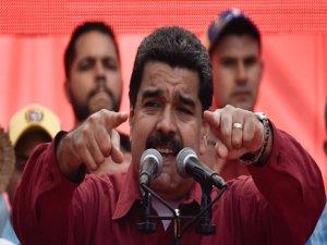 """Maduro, Trump'a  verdi veriştirdi: """"kaba, ölçüsüz ve küstah"""""""