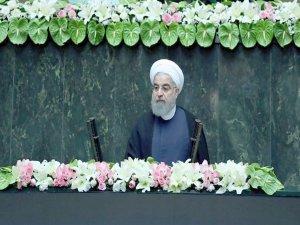 İran'dan rest: Birkaç saate anlaşmadan çıkarız