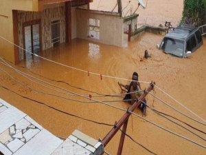 Sierra Leone'de facia:  Ölü sayısı 400, 600 kişi ise hala kayıp!..