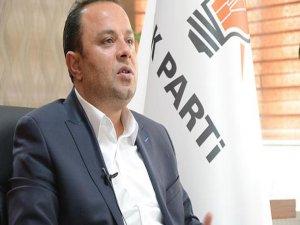 AK Partide istifalar sürüyor