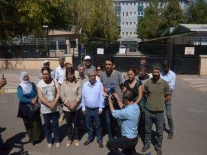 Elektrik ve suyu kesen kamu görevlileri hakkında suç duyurusu