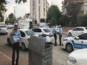 Karakola bombalı saldırı girişimi: 1 kişi öldürüldü